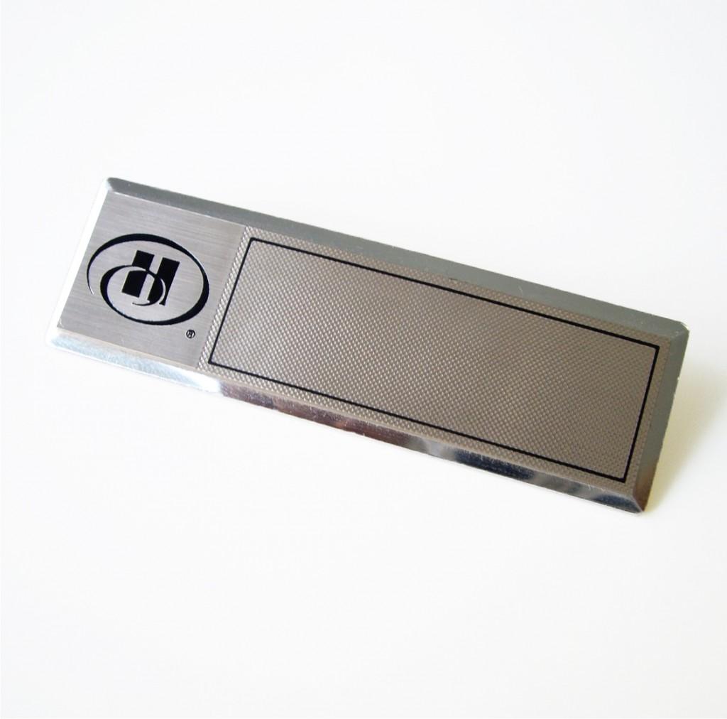 Chapa de identficación metálica