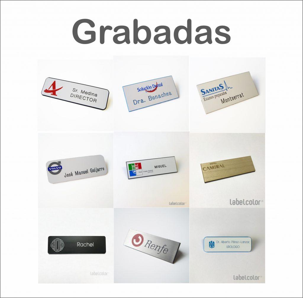 Placas de identificación personal grabadas.